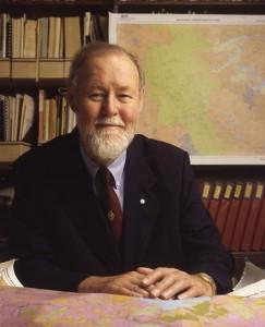 Roger Tomlinson, 1933-2014.